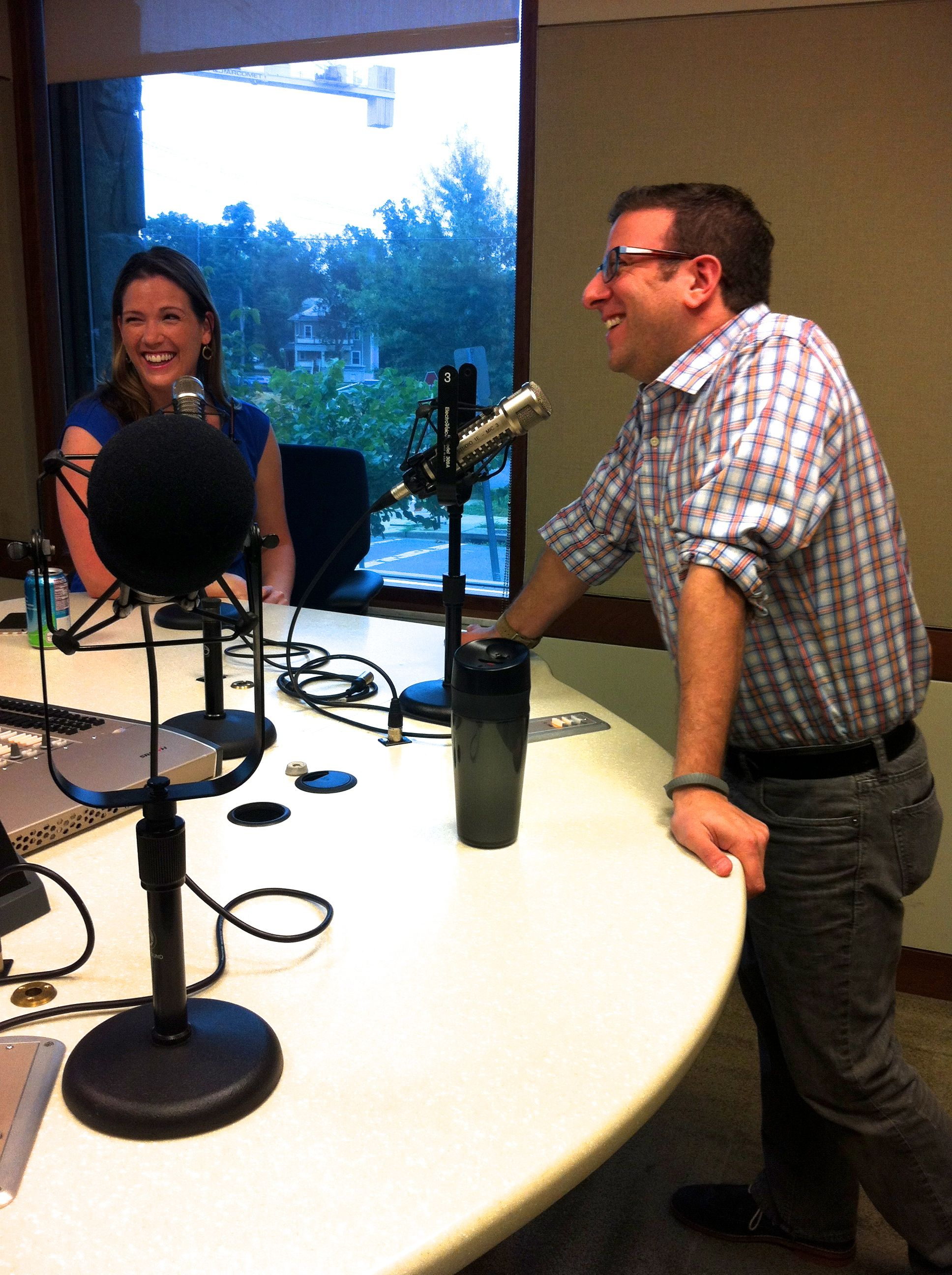 It's All Journalism Producer Megan Cloherty laughs with guest Andy Pergam, senior video editor at The Washington Post. (Photo by Anna Miars)